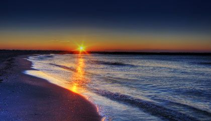 early morning at the beach - photo by Wolfgang Staudt